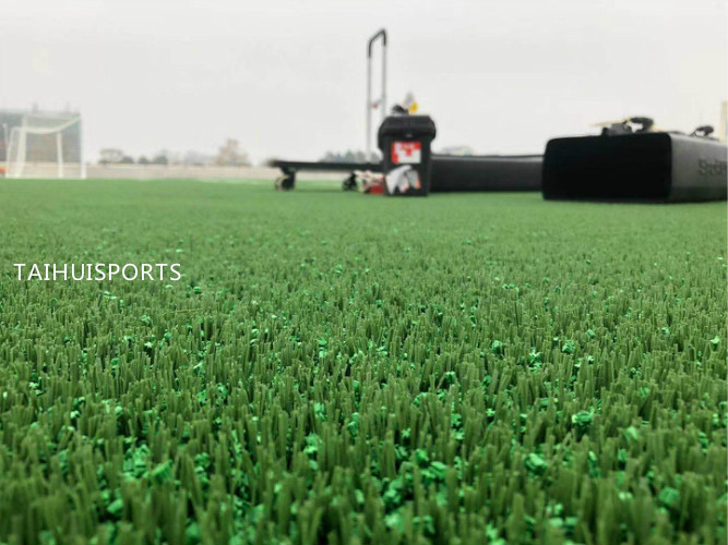 Composite PU Crosslinked Artificial Grass Underlay Recyclable Shock Pad HIC For Children Safety Food Grade EU Standard